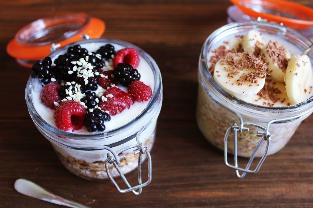 Vegan overnight oats with berries and banana