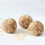 vegan healthy chocolate snack balls